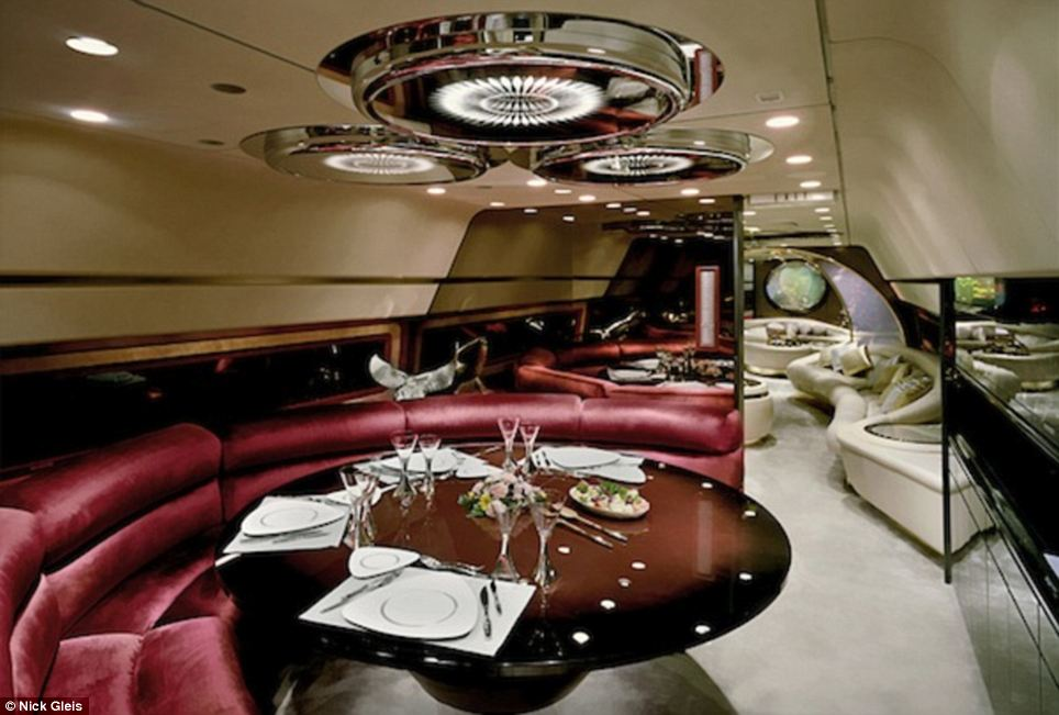 Jet priv int rieur luxe 015 sajou for Interieur boeing 757