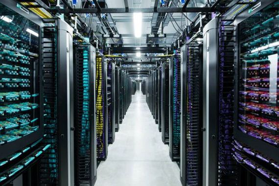 D A Storage Stack in addition  besides Iaas Infrastructure As Service Shared Hosting Hardware Cloud Storage Database Server Virtualization Vector in addition Serveurs Facebook Suede moreover Voip Diagram Cr. on computer server diagram