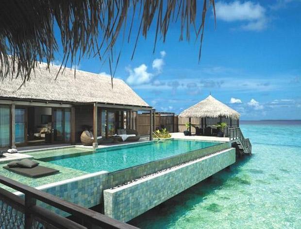 le top 14 des plus belles piscines du monde. Black Bedroom Furniture Sets. Home Design Ideas