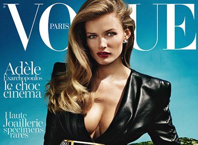 Anja Rubik dans Vogue Octobre 2013 par Mario Testino