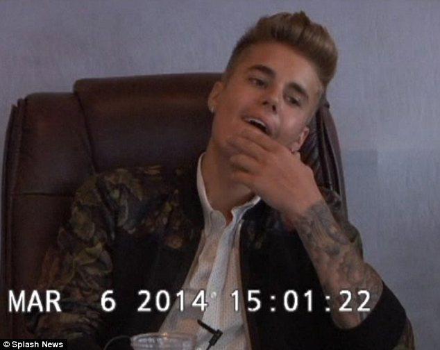 Justin Bieber se la raconte sévère lors de sa déposition