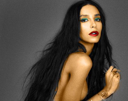 La brésilienne Lea T. pose nue pour What about Mag