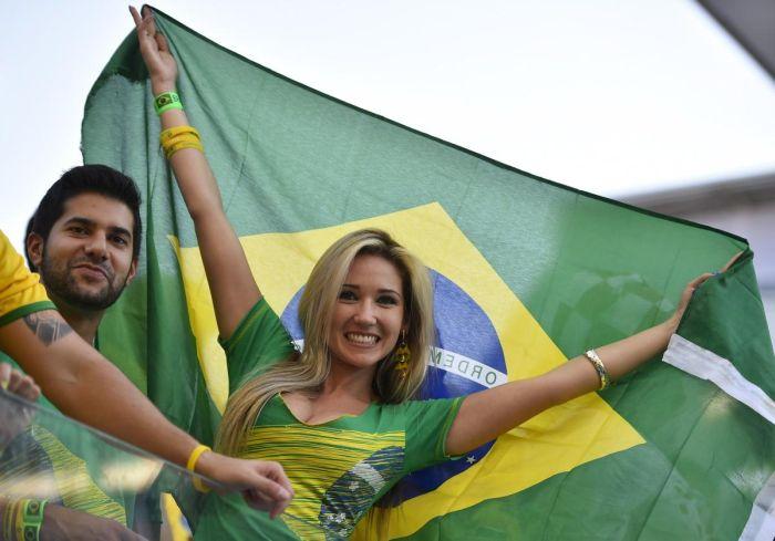 Une supportrice du Brésil