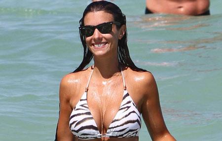 Ludivine Kadri Sagna se détend à la plage à Miami
