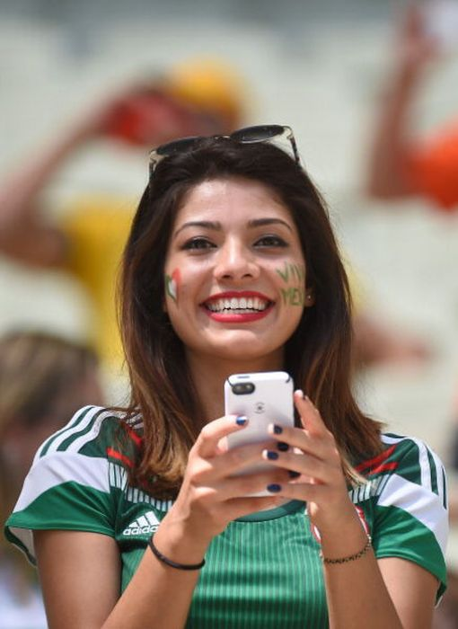 FBL-WC-2014-MATCH51-NED-MEX-FANS