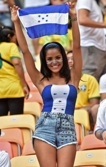 Supportrices_coupe_monde_bresil_2014_041