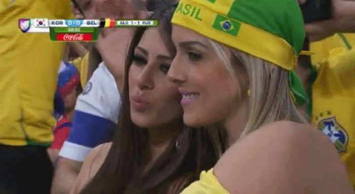 Supportrices_coupe_monde_bresil_2014_058
