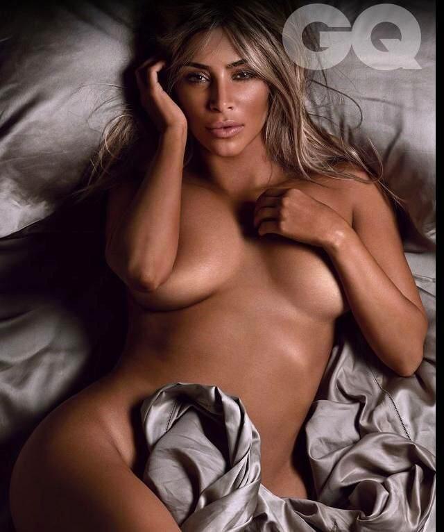 Kim Kardashian pose nue pour le magazine GQ