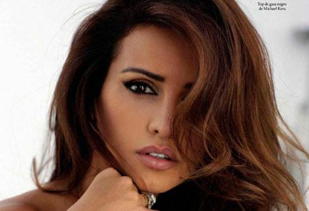 Monica Cruz pose dans le magazine ELLE Espagne de Novembre 2014