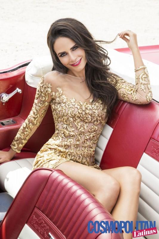 Jordana Brewster dans une voiture