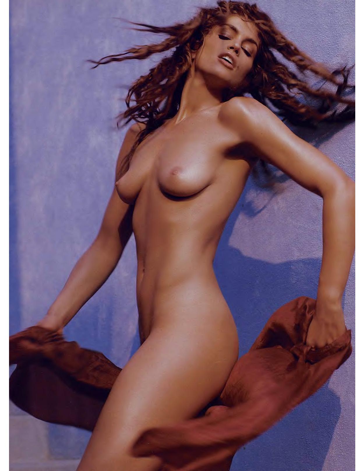 Cindy Crawford nue pour Playboy en 1998 6