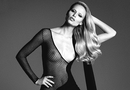 Natasha Poly pose nue pour le magazine LUI