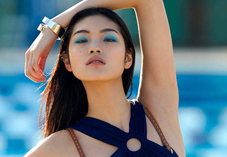 Chiharu Okunugi pose pour le magazine Numéro 162