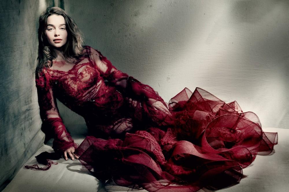 Emilia Clarke Vogue GB Mai 2015 02