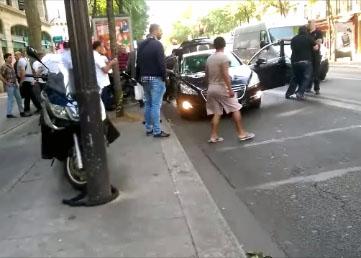 Une dizaine de chauffeurs taxis agressent un conducteur Uber