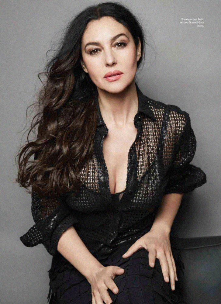 Monica Bellucci dans Esquire Mexique