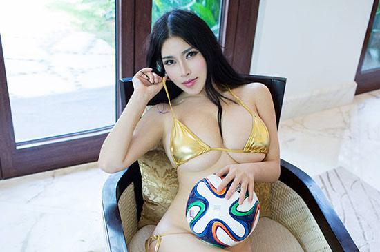 Des asiatiques et des ballons: le mélange parfait