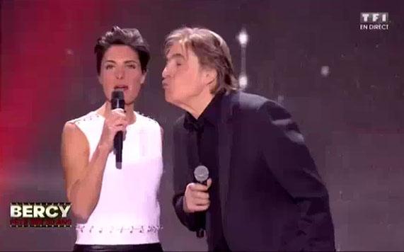 Alessandra Sublet met un vent à Serge Lama à Bercy