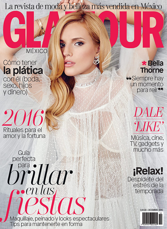 bella thorne pose pour le magazine glamour mexicain. Black Bedroom Furniture Sets. Home Design Ideas