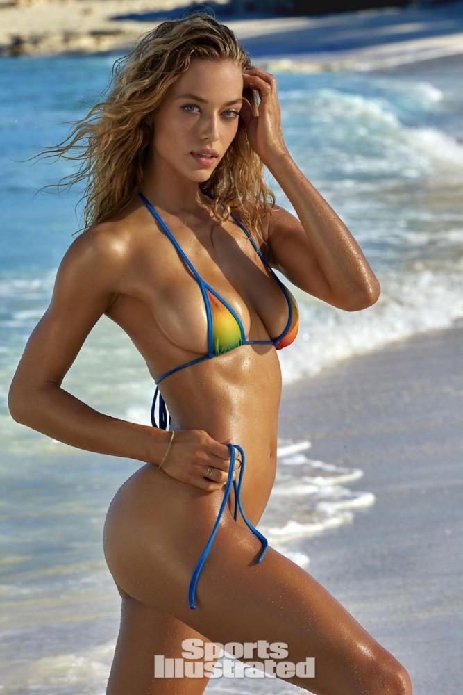 Hannah Ferguson pose pour le magazine Sport Illustrated
