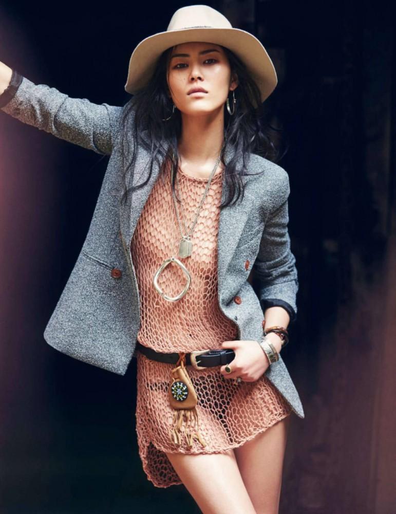 Liu Wen pour le magazine ELLE de Mars 2016