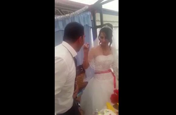 Un mari vexé par une blague de sa femme, devient violent