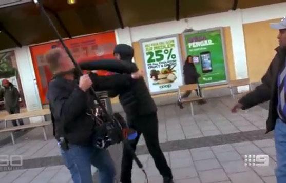 Des migrants agressent des journalistes en Suède