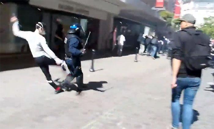 Un policier seul se fait lyncher durant une manifestation à Nantes