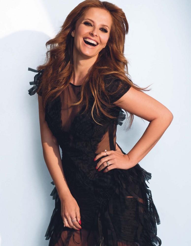 Cristina Ferreira pose pour le magazine Cosmopolitan