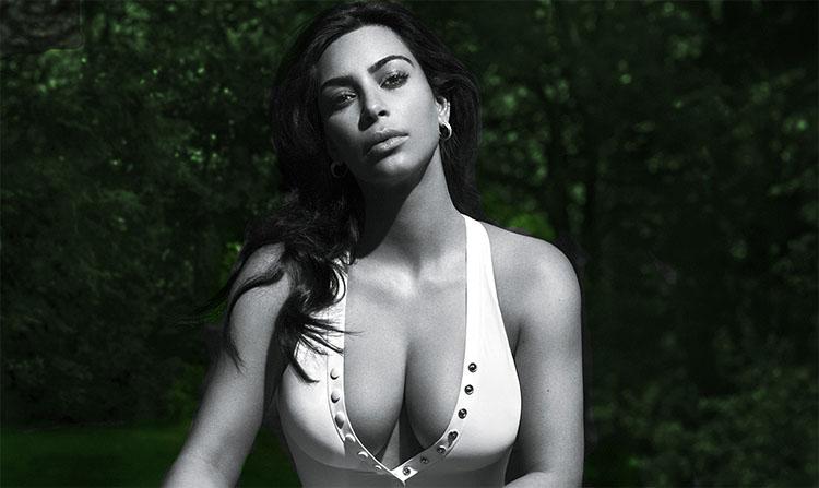 Kim Kardashian pose totalement nue pour GQ
