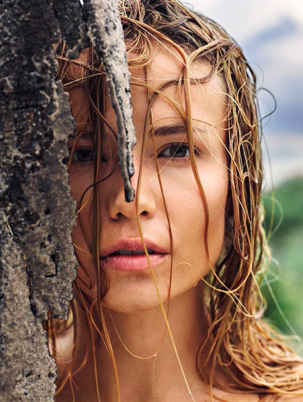 Natasha Poly pose pour le magazine Vogue espagnol
