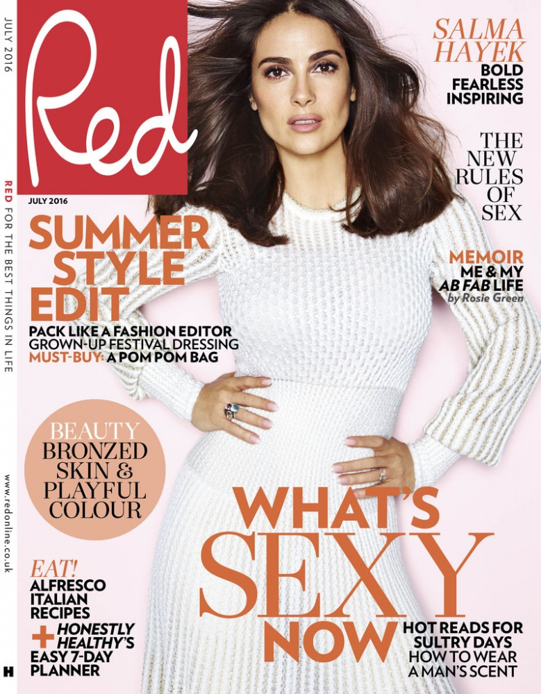 Salma Hayek pose en couverture du magazine Red