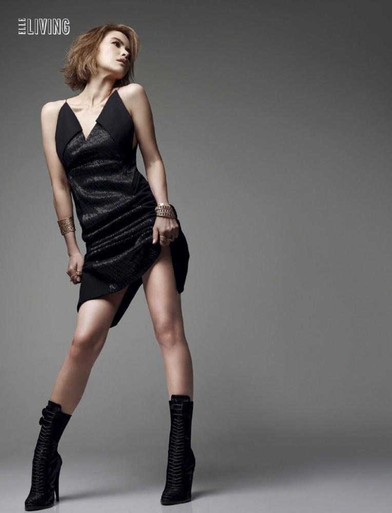 Zoe Tay pose pour le magazine féminin ELLE Singapour