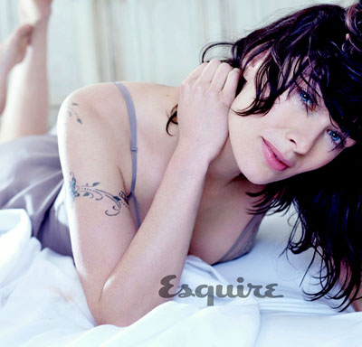 Leana Headey pose sexy pour Esquire
