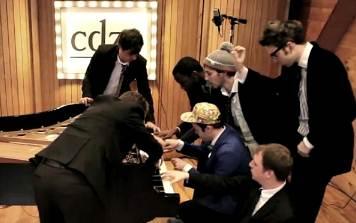 7 sur un piano! – Pianists in Paris par cdza