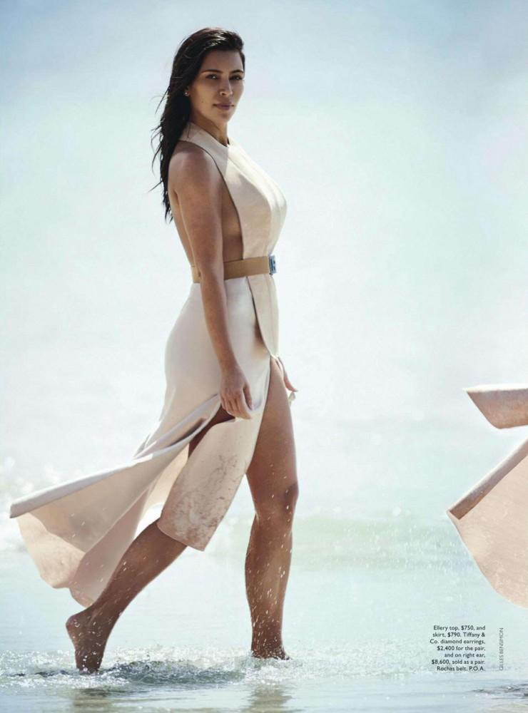 Kim Kardashian pose pour Vogue Australie