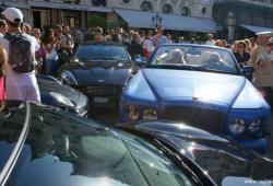 Une voiture à 1,1 millions d'Euros crash une autre à Monaco
