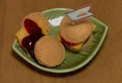 Au Japon, ils ont des hamburgers - frites - coca en poudre