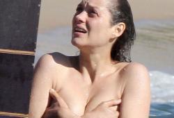 Marion Cotillard nue