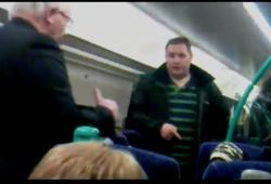 Un voyageur sans ticket va se faire sortir du train
