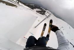 David Wise saute à 14 mètres de hauteur en ski et bat le record