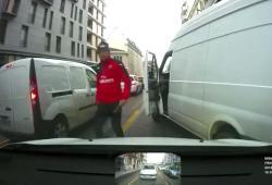 Road Rage avec un livreur dans les rues de Grenoble