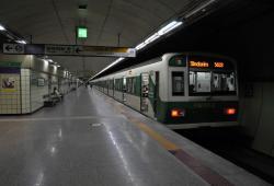 Sauvetage d'un bébé dans le métro de Seoul