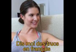 Amanda Cerny veut qu'on lui dise des mots doux en français