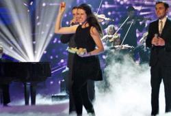 Incroyable Talent GB : elle jette des oeufs sur le jury !