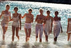 Les anges de Victoria's Secret posent pour Vogue Espagne
